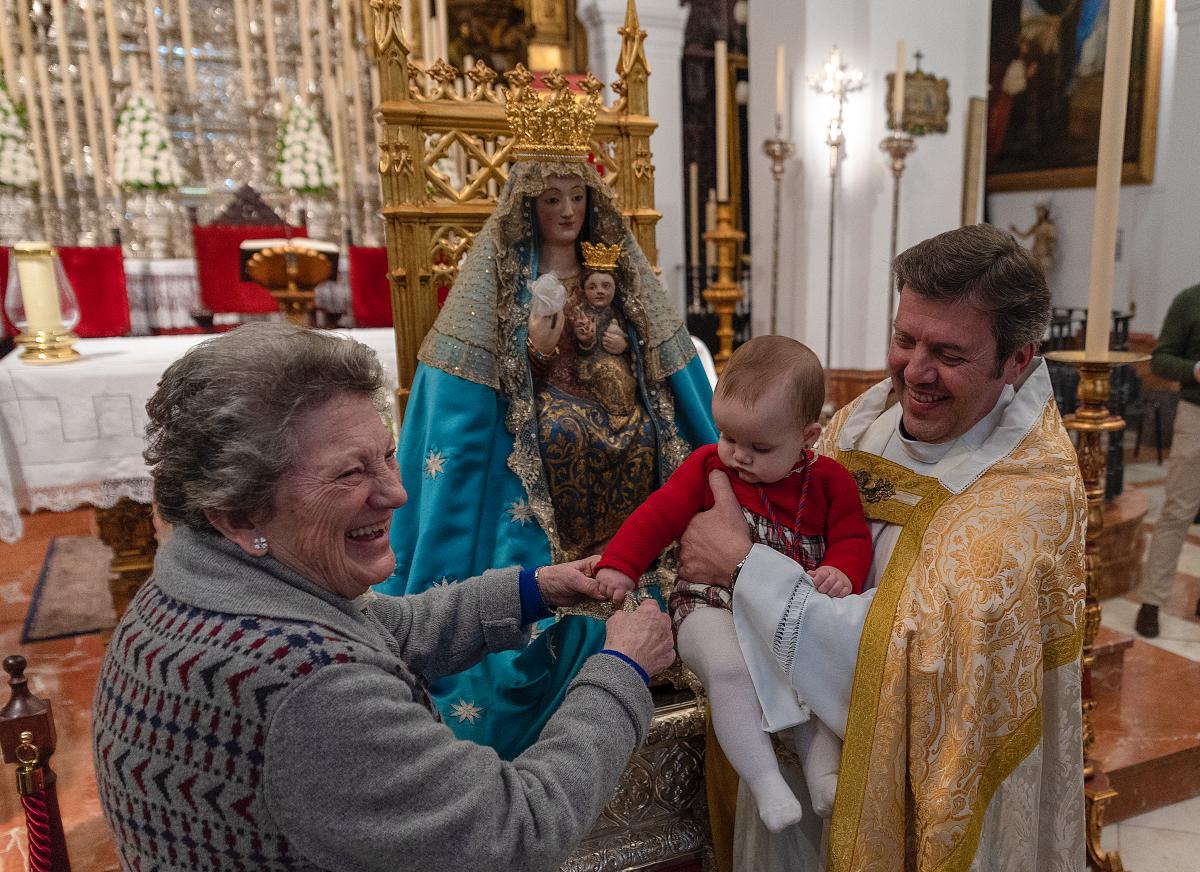 Aplazada a junio la tradicional presentación de niños a la Virgen a consecuencia de la COVID-19
